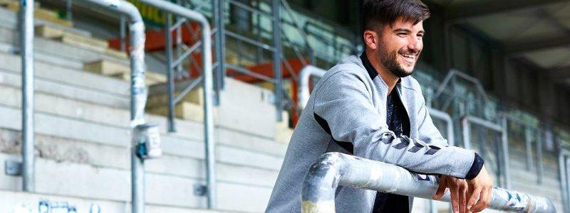 Футбольные куртки Hummel